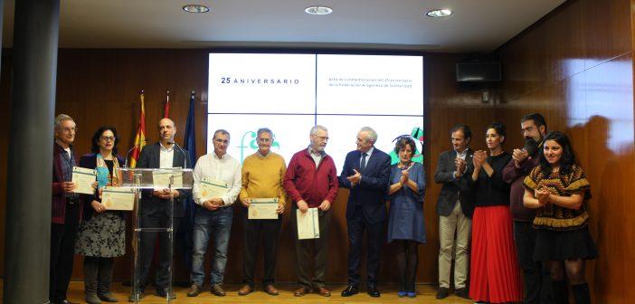 25 años de solidaridad por Ceren Gergeroglu